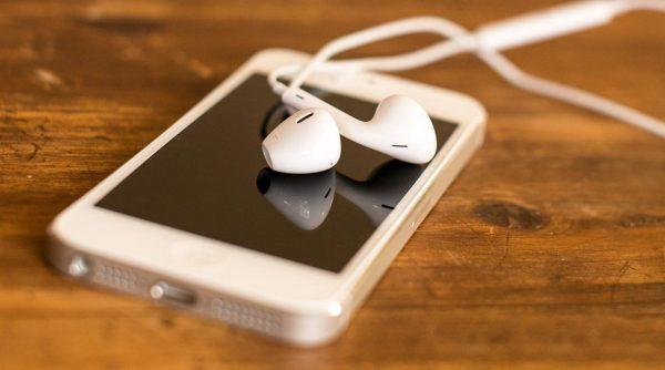 tai nghe iphone 5 chinh hang 1